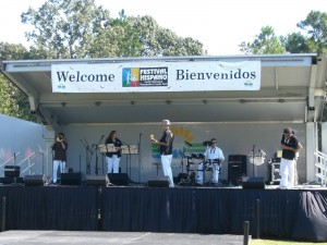 Playing with Makeno Son at Festival Hispano